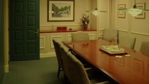 Harris Brun Office Room